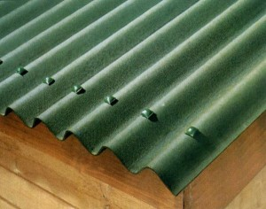Угол зеленой крыши