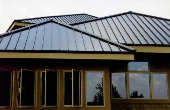 Профнастил для крыши – цена и качество материала
