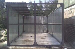 Установка стен из профнастила