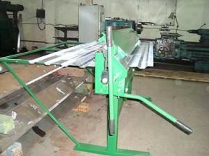 Ручной станок для производства профнастила