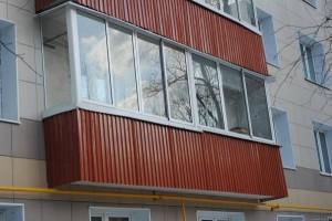 Профлист на балконе